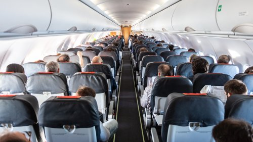 The Best Place To Sit On A Plane If You Want To Stay Healthy