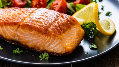Is It Safe To Eat Salmon Skin?