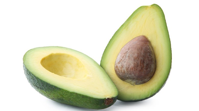 When You Eat An Avocado Pit, This Is What Happens