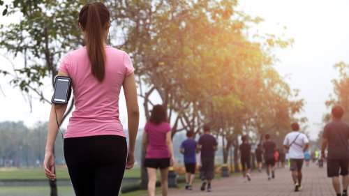 How Many Calories You Really Burn On Your Walk