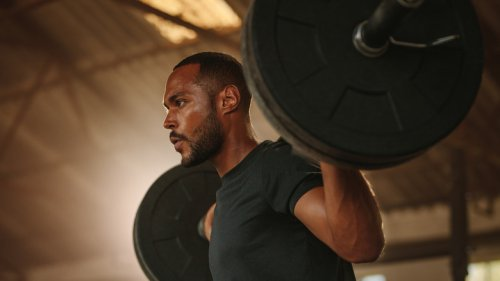 What Really Happens When You Lifting Weights That Are Too Heavy For You