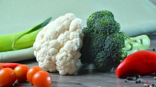 Broccoli Vs. Cauliflower: Which One Is Better For You?
