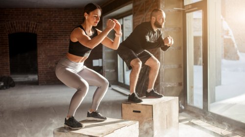 The Real Difference Between CrossFit And HIIT