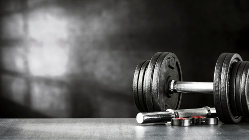 Cardio vs weights: which one should you do first?