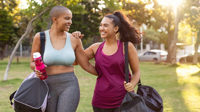 What Taking A Walk Every Day Really Does For Weight Loss