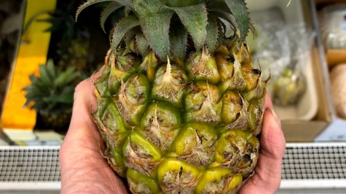 Here's What Happens When You Eat Pineapple Every Day