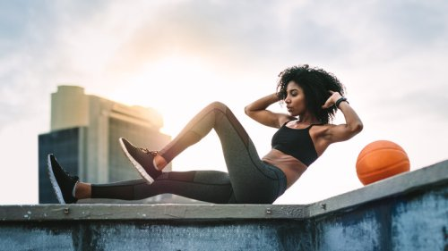 Sit-ups vs crunches: What's the difference?