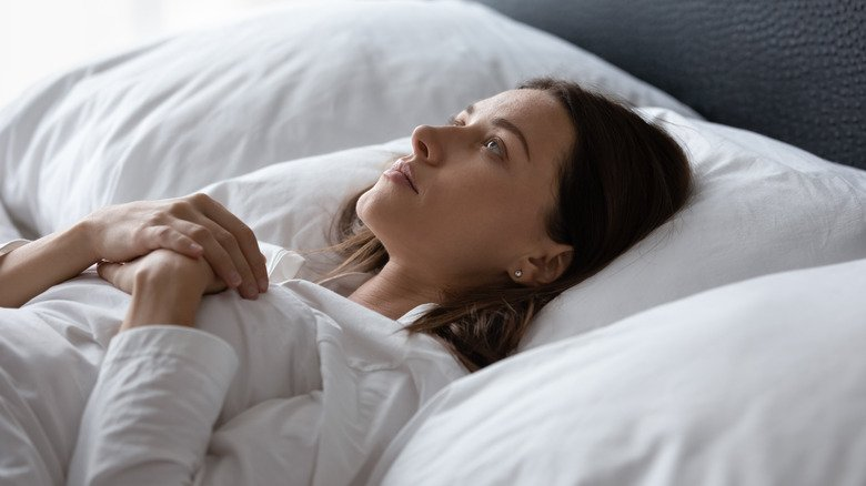 What Happens To Your Body When You Sleep Without A Blanket