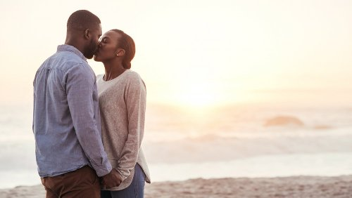 The surprising amount of calories you burn while kissing