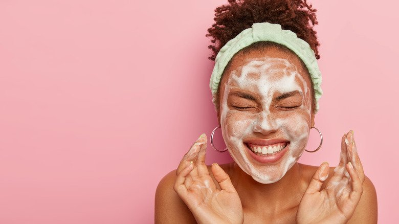 When You Stop Washing Your Face, This Is What Happens