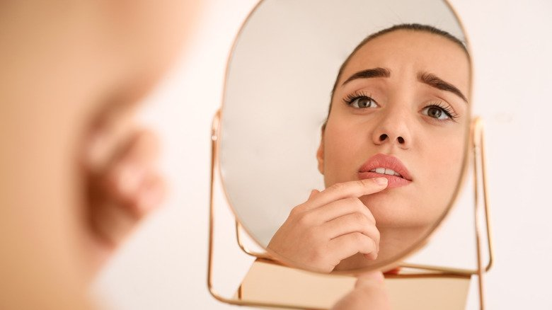 What's The Difference Between A Canker Sore And A Cold Sore?