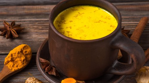 The Health Benefits Of Turmeric Lattes Explained