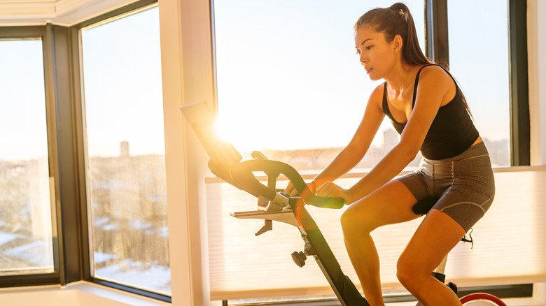 Why You Should Try Using Weights During Your Spin Class
