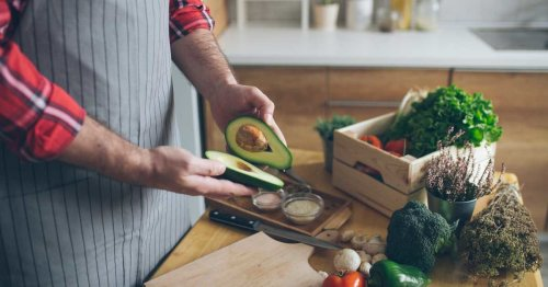 10 Health Benefits of Low-Carb and Ketogenic Diets
