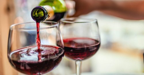30 Facts About Alcohol, Plus 5 Myths: Statistics and More