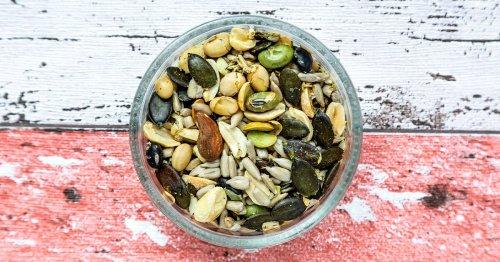 21 Delicious and Healthy Keto Snacks
