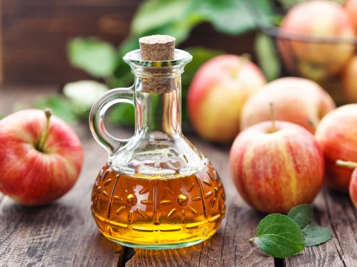 28 Surprising Uses for Apple Cider Vinegar