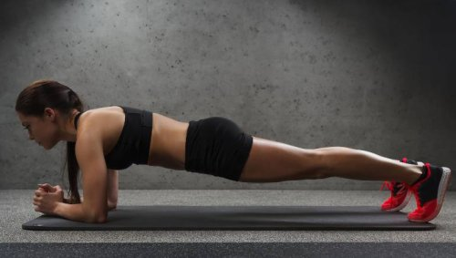 It's time to try these 5 yoga poses to lose belly fat and strengthen your core