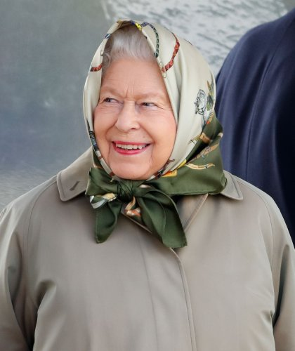 The cheeky reason the Queen turned down an Oldie of the Year award