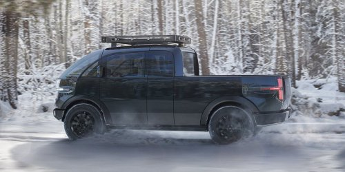 Automotive Startup Canoo Debuts a Snub-Nosed Electric Pickup