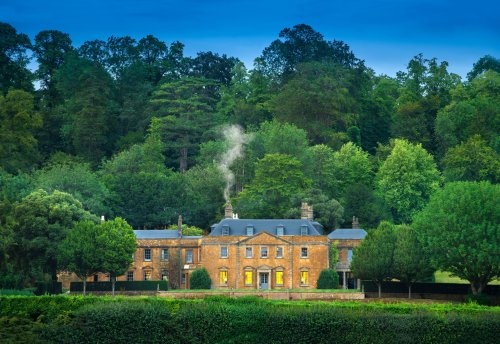 10 luxury British hotels that everyone should visit once