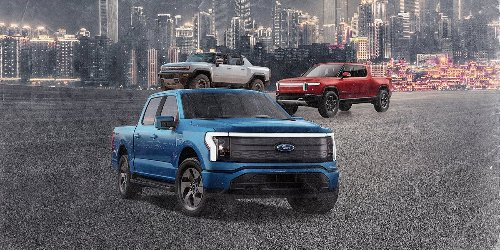 How the 2022 Ford F-150 Lightning Compares to Its Rivals