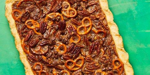 Pretzel-Chocolate Pecan Pie Bars
