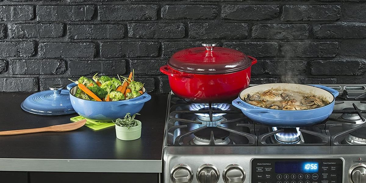 The Best Dutch Ovens You Can Buy, or Why Lodge Makes the Best One for the Money