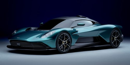 """Aston Martin Valhalla: El """"Hijo del Valkyrie"""" se pasa a un V8 AMG híbrido"""