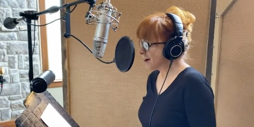 Reba McEntire Just Posted a Cryptic Video from the Recording Studio