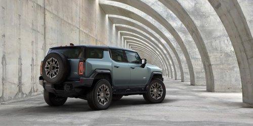 2024 GMC Hummer SUV Expands GM's EV Lineup