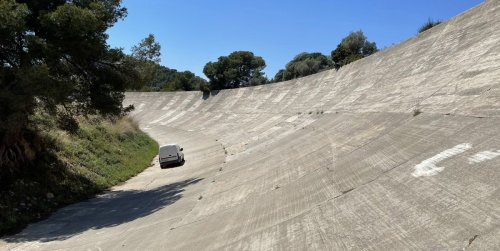 60-Degree Banking at Sitges-Terramar Circuit in Spain Has to Be Seen to Be Believed
