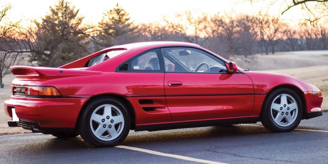 5 Cars of the 1990s You Should Be Buying Right Now