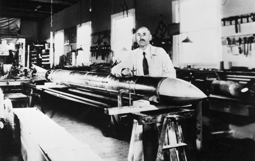 Shooting at the Moon: The Pioneering Rocketry of Robert Goddard