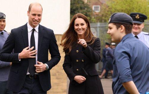 Il cappotto nero di Kate Middleton, il reworn reale da manuale