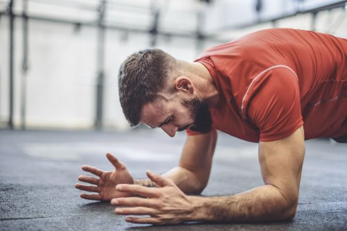 The Plank Is More Effective Than Crunches, Science Reveals