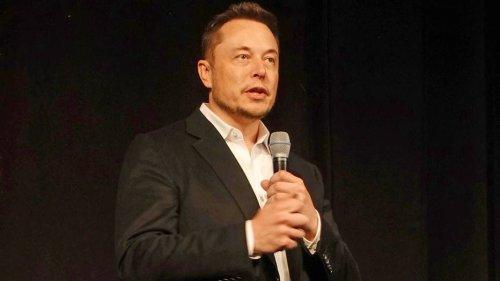 Elon signals 'big update'