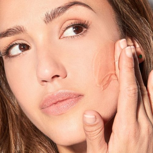Jessica Alba Was Ahead of Her Time in Clean Beauty— And She Knows It
