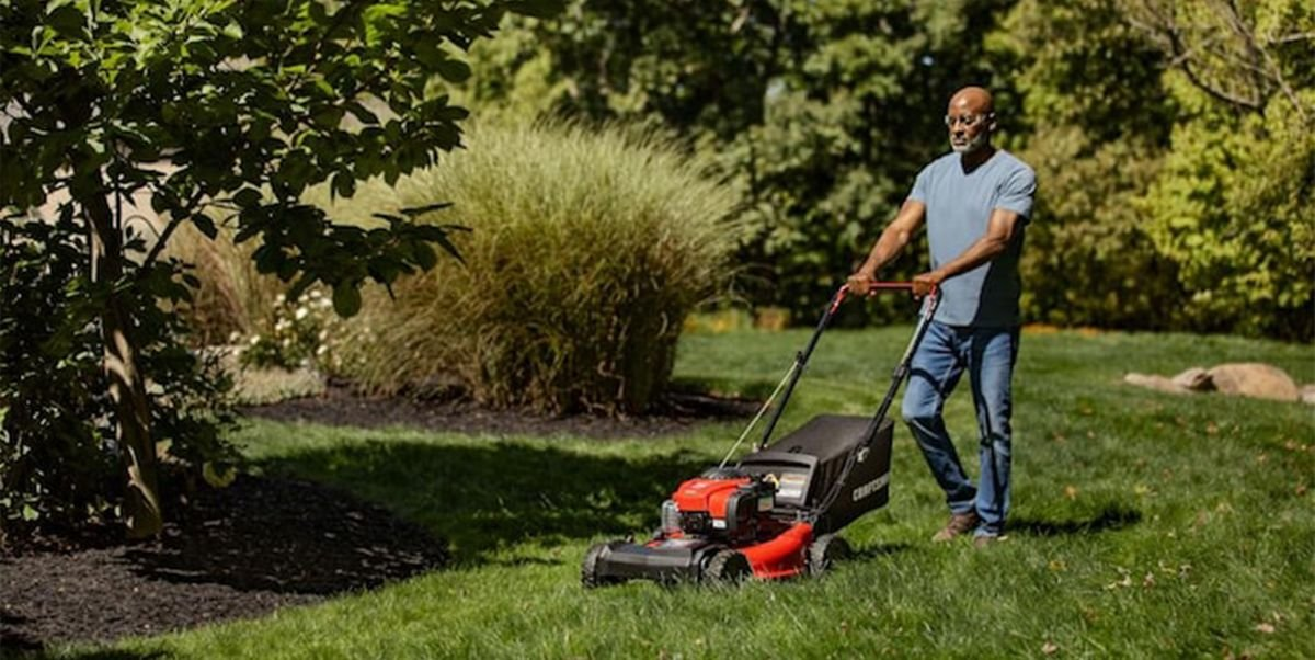 The 7 Best Self-Propelled Lawn Mowers of 2021