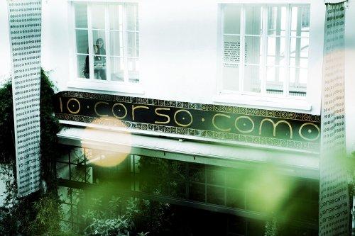 10 Corso Como, il tempio dello shopping d'avanguardia fondato da Carla Sozzani