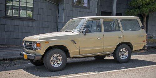 Street-Spotted: Toyota Land Cruiser FJ60