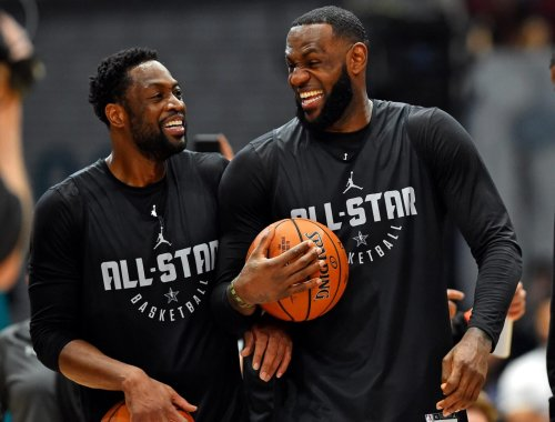 LeBron James welcomes Dwyane Wade to 'washed' fraternity after he hilariously fails at trying to catch football