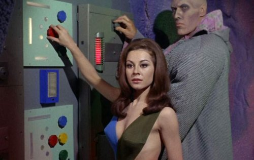 The Side-Effects of the Skimpiest Costume in 'Star Trek' History
