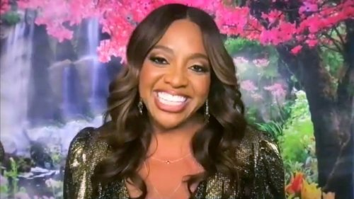 Sherri Shepherd Shows Off Her Snatched Figure In An All-Red Bodysuit And We're Here For It!