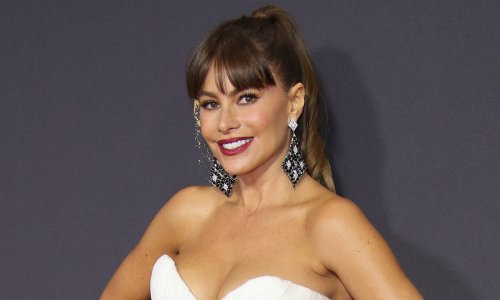Sofia Vergara's princess wedding dress took 1,657 hours to make