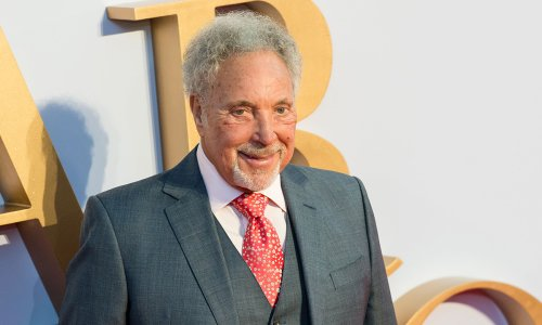Sir Tom Jones reveals truth about 'romance' with Priscilla Presley following wife's death