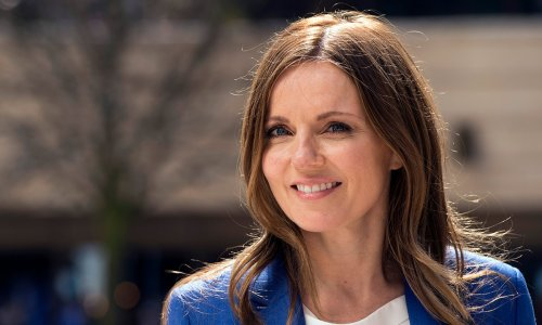 Geri Horner wows with unexpected bright red hair
