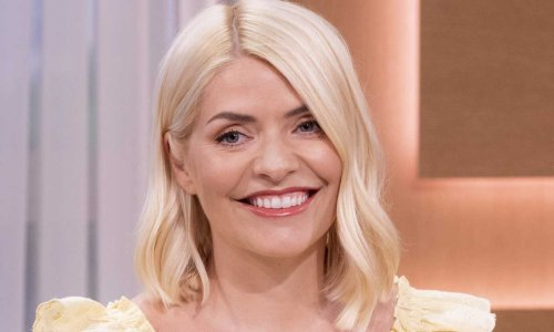 Holly Willoughby's flirty floral dress is our new summer must-have