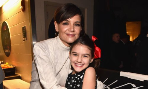 Katie Holmes shares incredibly rare photo of daughter Suri's lookalike aunts