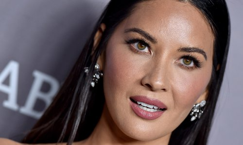 Olivia Munn showcases incredibly toned legs – fans react